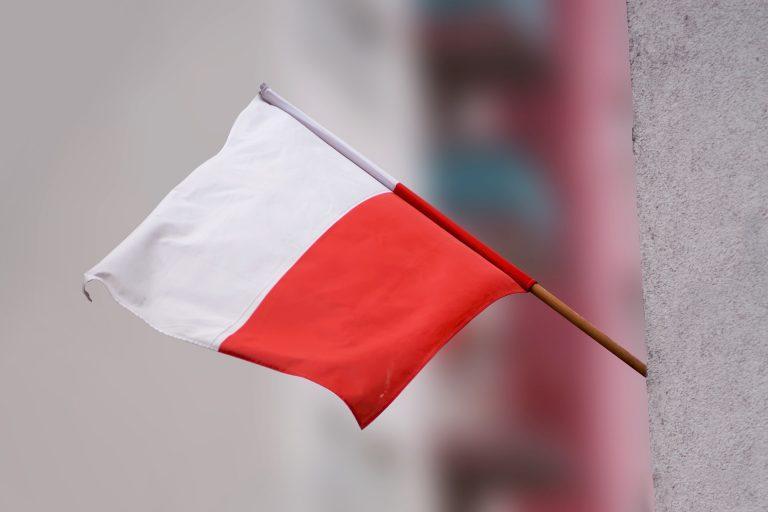 polish-flag-1843854_1920