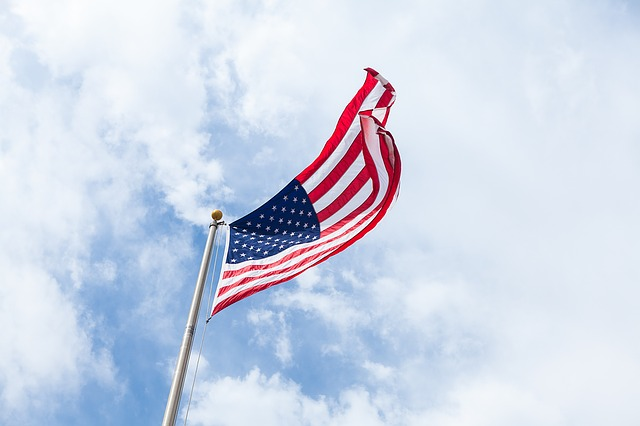flag-1209484_640