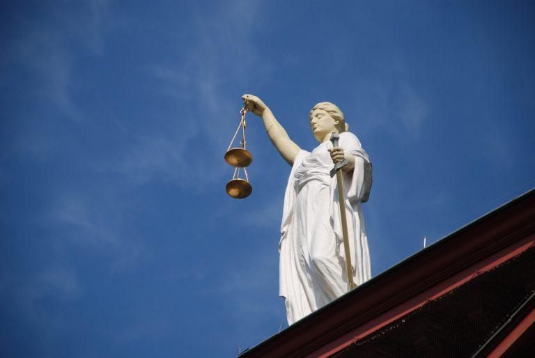 case-law-677940_1920-1
