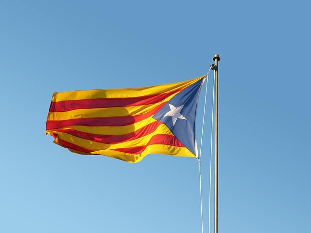 flag-2673580_640