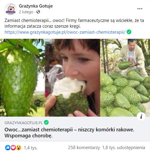Analizowany post naFacebooku. Nazdjęciu kobieta jedząca owoc iobokowoce gravioli.
