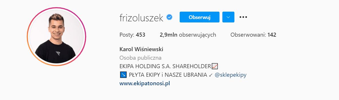 Zrzut ekranu przedstawiający prawdziwy profil Karola Wiśniewskiego naInstagramie. Profil ma 2,9 mln obserwujących i453 opublikowane posty.
